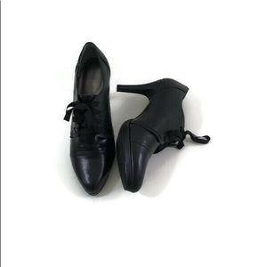 "Tahari Grace Lace Up 4"" Heels Size 9.5 M Black"